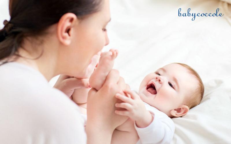 Hướng dẫn mẹ cách mát xa cho trẻ sơ sinh
